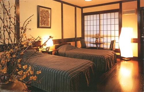 田町武家屋敷ホテルベッドルーム