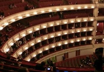 オペラ座内