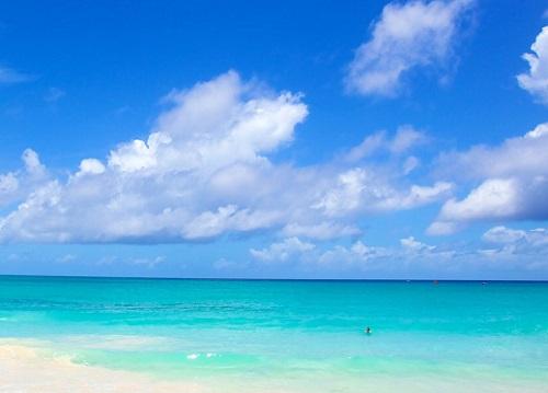 マイアミビーチと雲